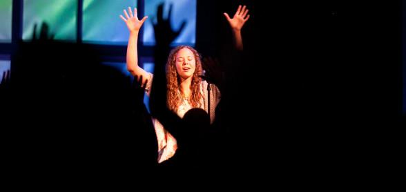 Serve_Worship